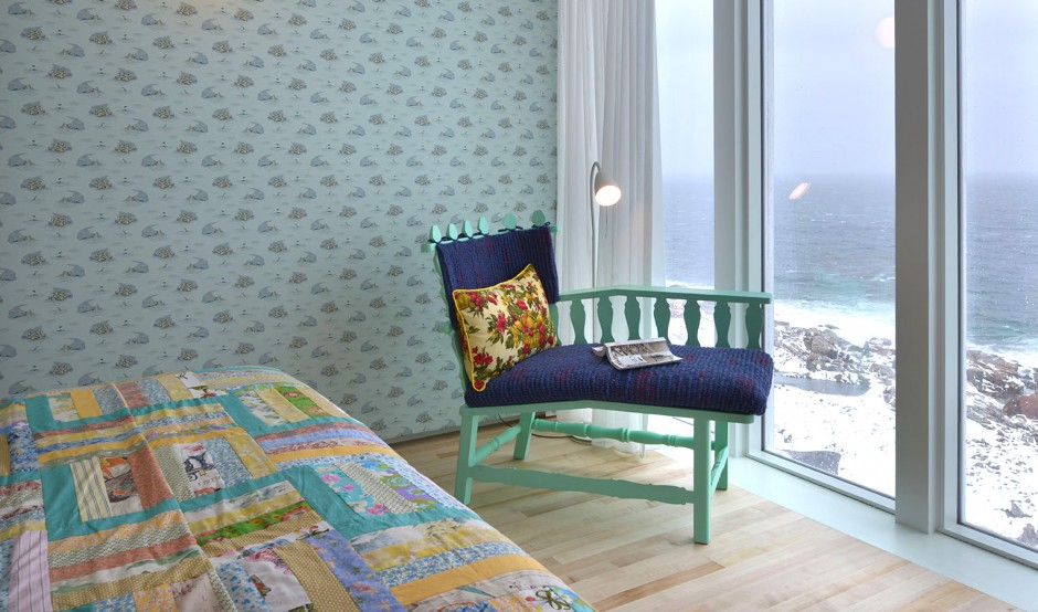 - FogoIsland_room_4812_original sh